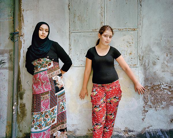 Rania Matar Deux Univers Filles Et Femmes