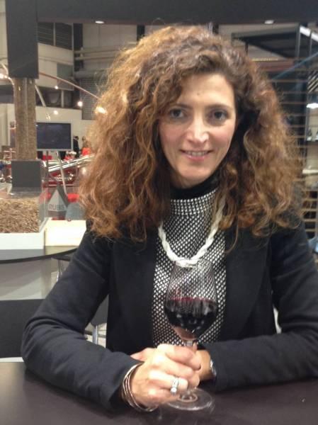Diala Younes-Lavenu prend la tête de l'Association des oenologues de Bordeaux