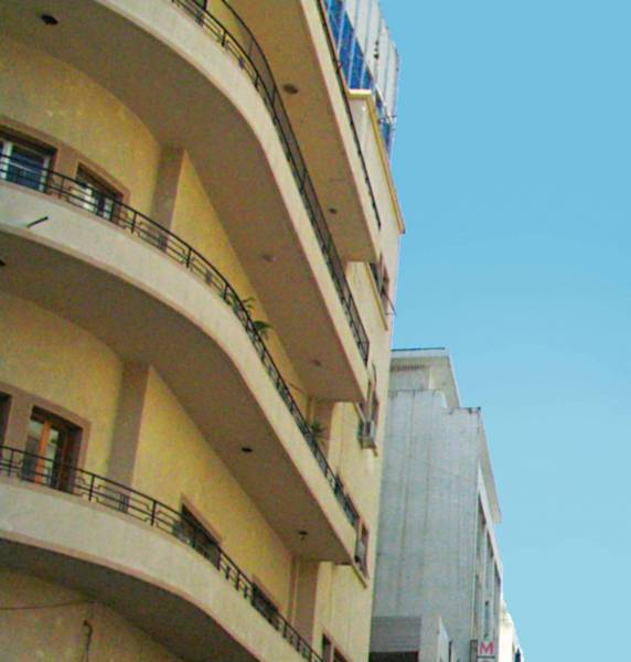Commercial rents on Hamra Street fall 10 to 15%