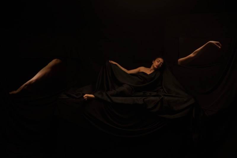 """La sieste 2"", 2015, Ninar Esber."