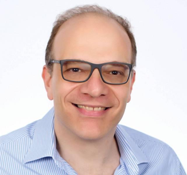 """Fouad  Khoury-Helou  est économiste, auteur de """"Mondialisation :  la mort  d'une utopie"""",  paru en 2017  aux éditions  Calman-Levy."""