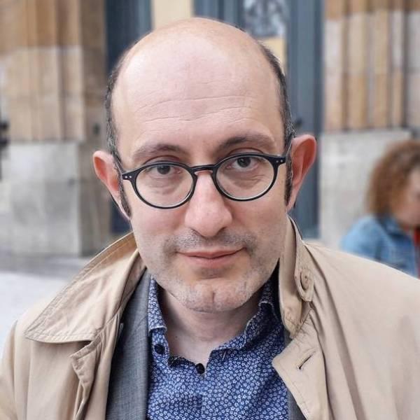 """Frédéric Farah est professeur de sciences économiques et sociales et chercheur affilié au laboratoire Phare de la Sorbonne (Paris I). Il est l'auteur d'""""Europe la grande liquidation démocratique"""" et coauteur avec Thomas Porcher de """"Tafta : l'accord du plus fort"""" et """"Introduction inquiète à la Macron-économie""""."""