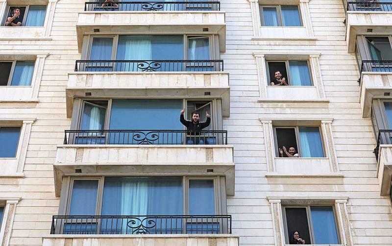 Désertés, quelques hôtels accueillent les Libanais rapatriés