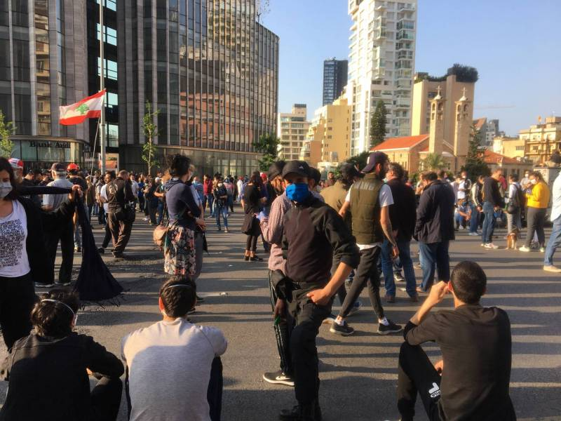 Des manifestants réunis au Ring ce mardi  28 avril