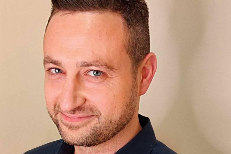 Julien Mardas, en guerre contre les infox