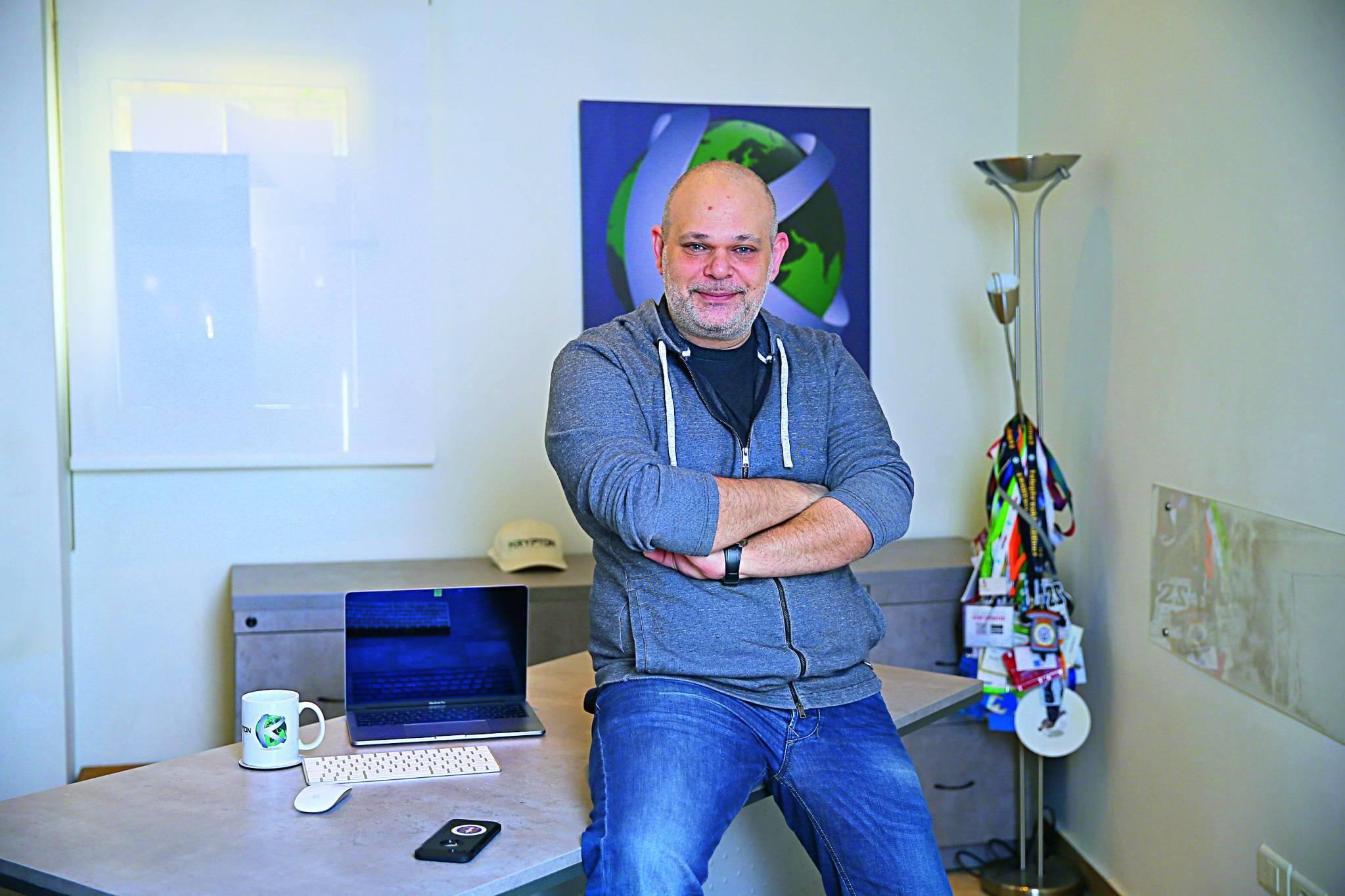 Khalil Sehnaoui, hacker-consultant