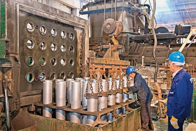 Dans l'usine de Sidem à Zouk Mosbeh