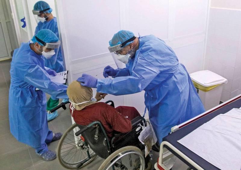 Un malade confiné chez lui ne revient qu'à 503 dollars quand un patient grave, qui nécessite des soins de réanimation, coûte plus de 26.000 dollars au système de santé libanais.