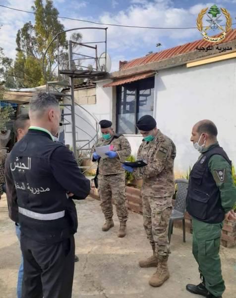 L'armée distribue l'aide aux familles démunies