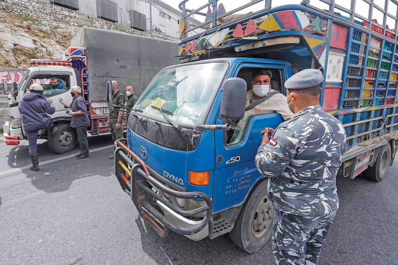 L'armée et les forces de sécurité intérieures s'assurent du respect des régles de confinement au Liban.