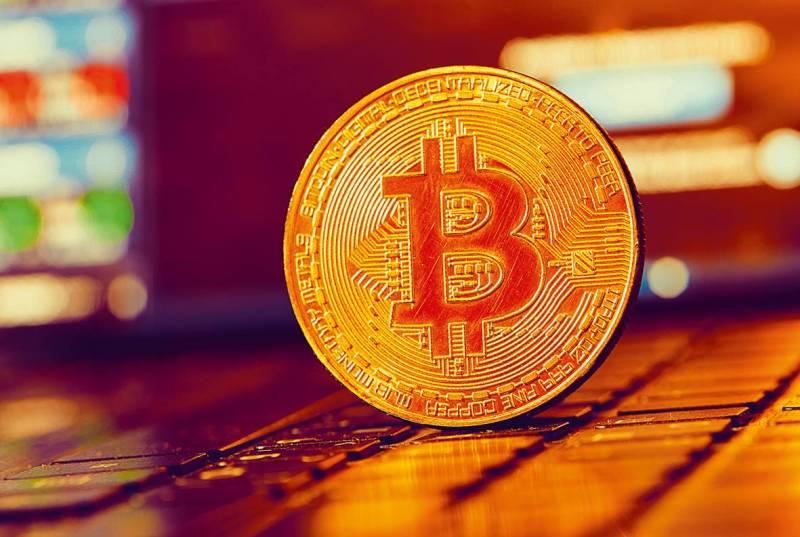 Le Liban n'échappe pas à l'engouement Bitcoin: « Sur notre groupe, le volume des transactions représente désormais entre 2 et 3 millions de dollars par mois, contre un million avant la crise », raconte Marcel Younes, le créateur de « Bitcoin du Liban »,
