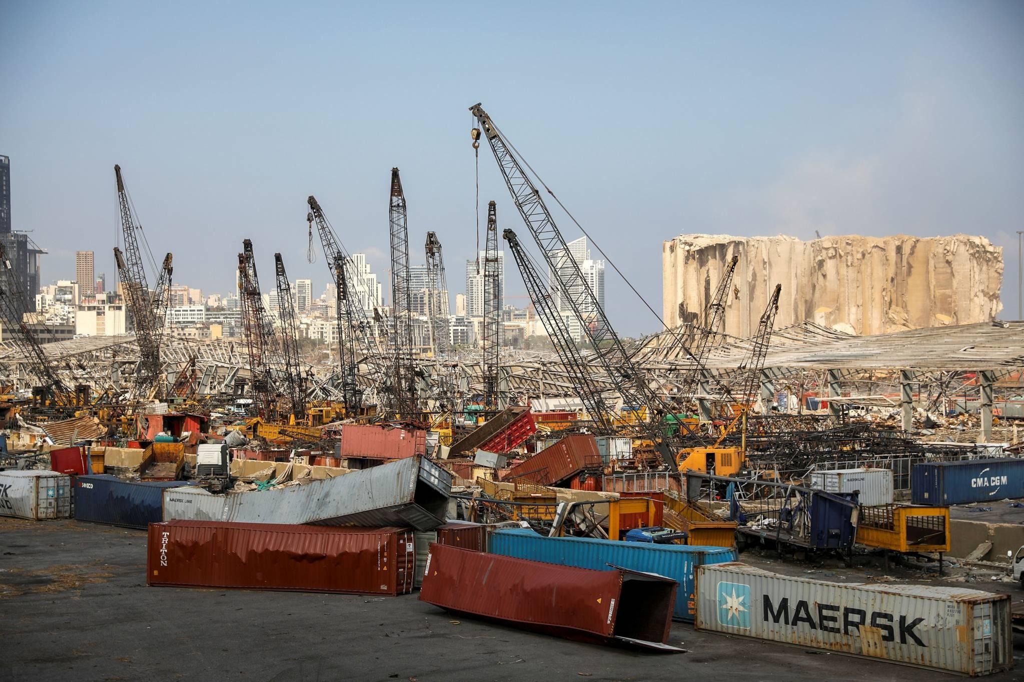 La vie reprend timidement ses droits au port de Beyrouth