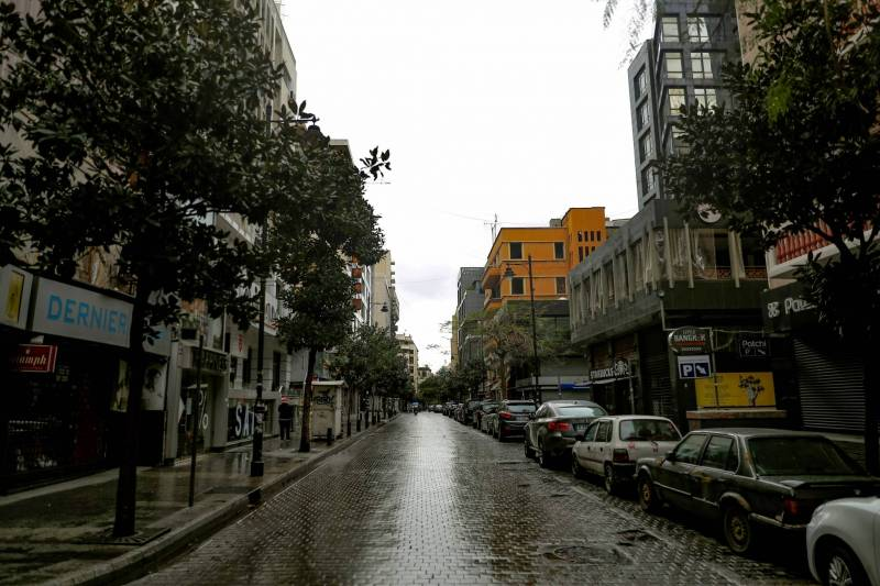 Après une année 2020 très difficile pour les commerçants de la rue Hamra, le confinement de 2021 aggrave encore la situation.
